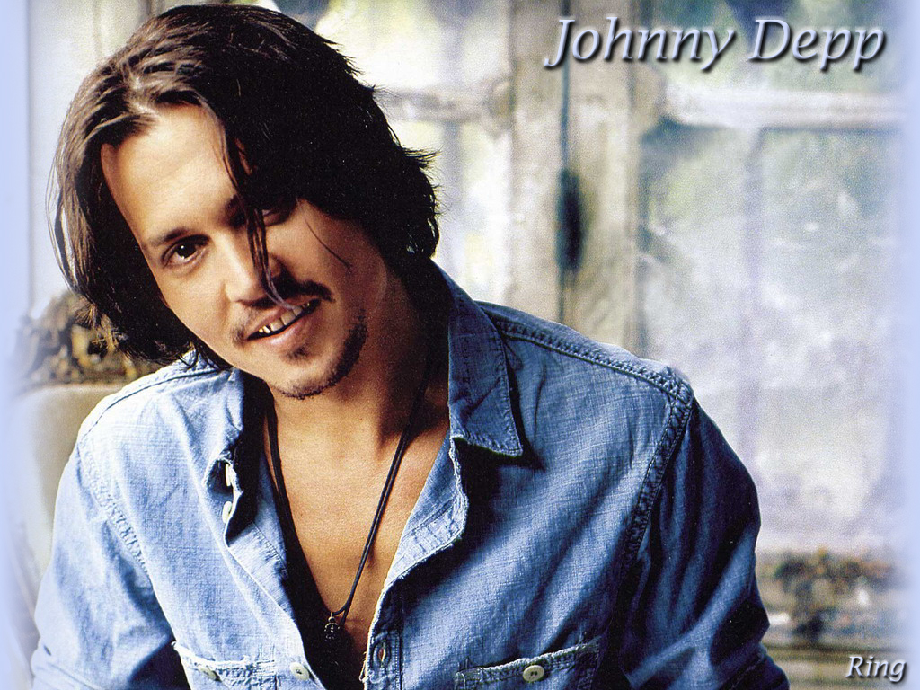 http://images.fanpop.com/images/image_uploads/Johnny-johnny-depp-180590_1024_768.jpg