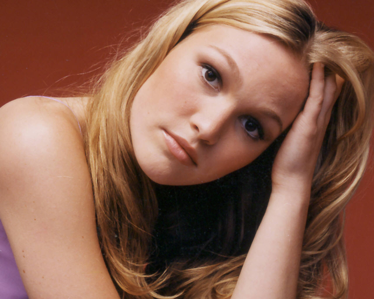 Julia Stiles As