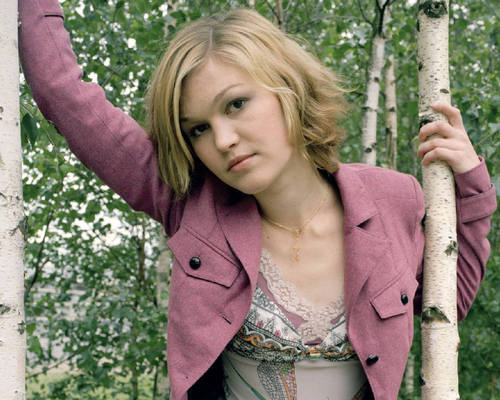 Julia Stiles wallpaper called Julia Stiles