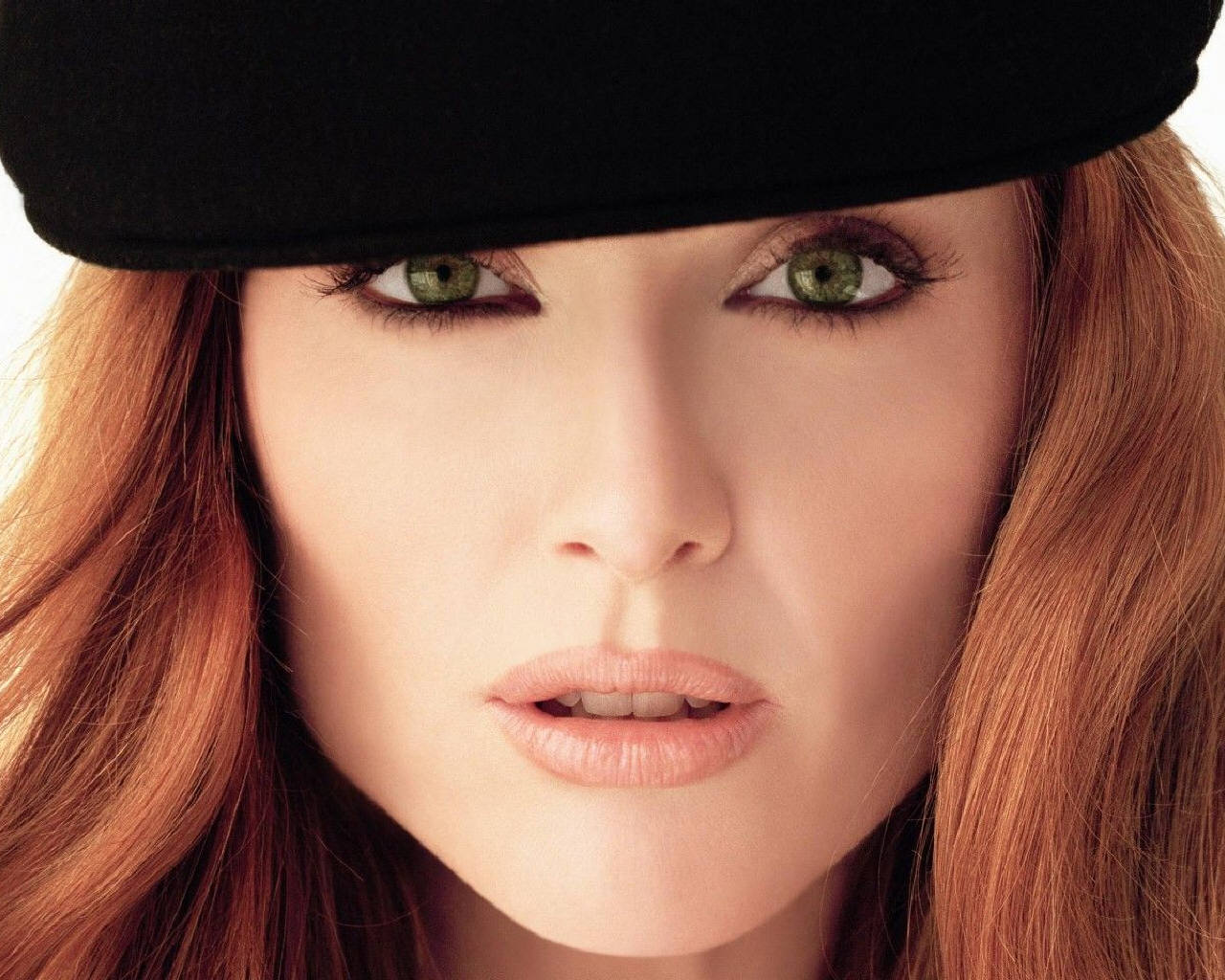 Julianne Moore - Photo Gallery
