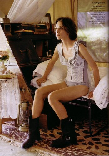 Vogue wallpaper entitled June 2007 - Keira Knightley