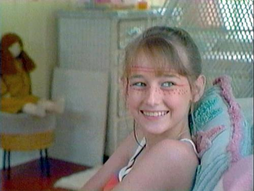 Leelee Sobieski kertas dinding called Jungle 2 Jungle
