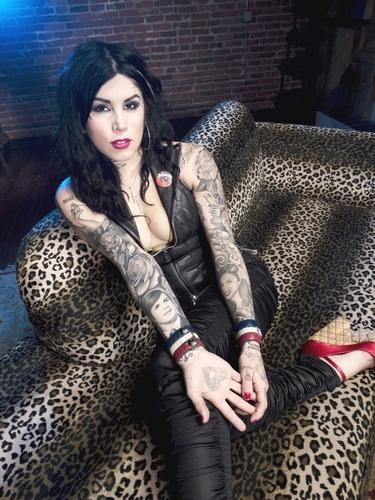 LA Ink achtergrond entitled Kat Von D