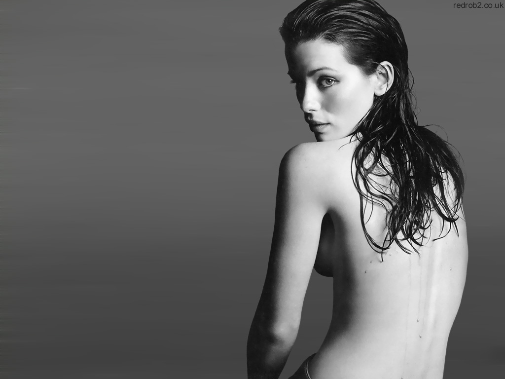 kate beckinsale topless