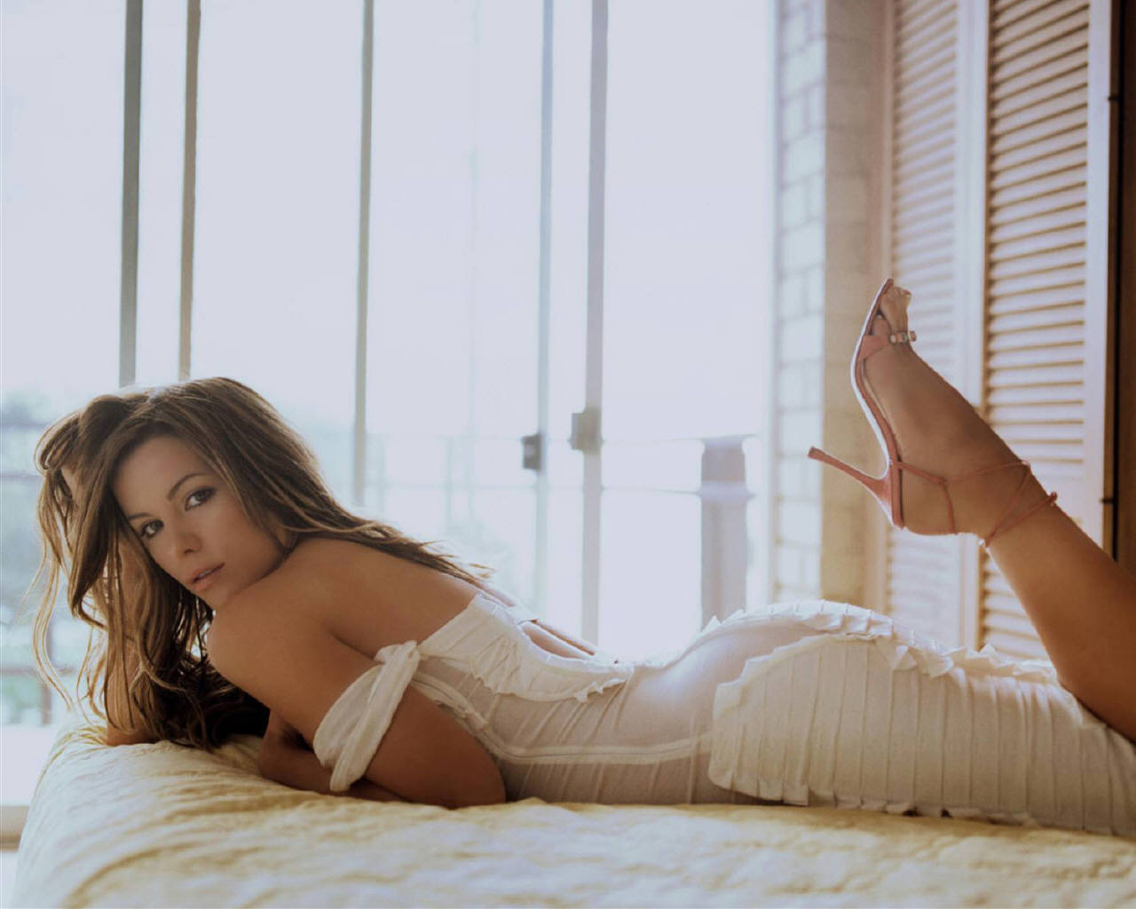 Kate Beckinsale - Kate Beckinsale Wallpaper (78851) - Fanpop