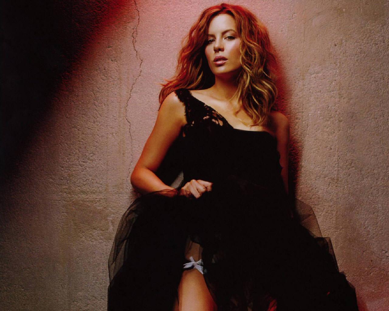 Kate Beckinsale - Kate Beckinsale Wallpaper (78856) - Fanpop Kate Beckinsale Wallpaper