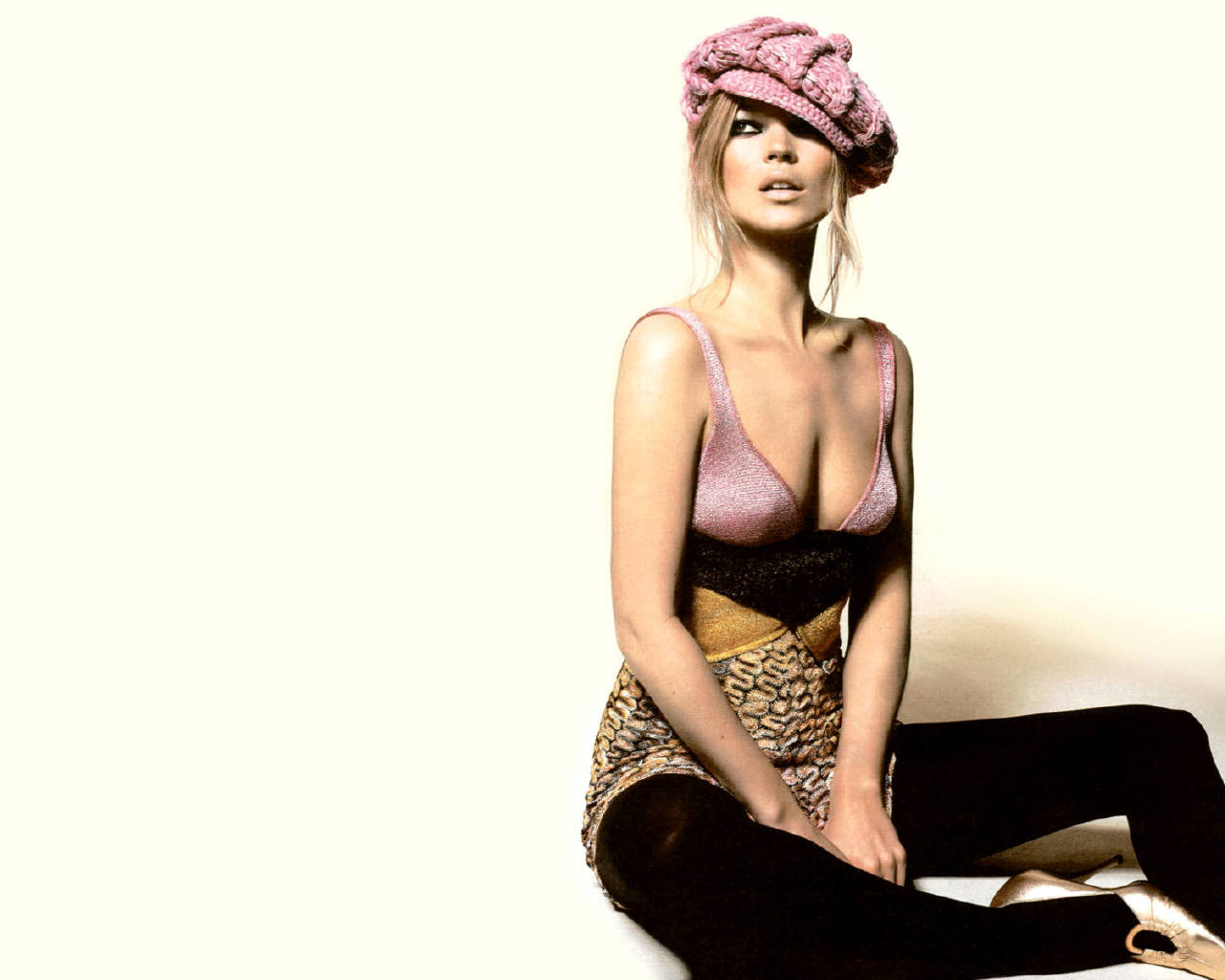 Hot Kate Moss nude photos 2019