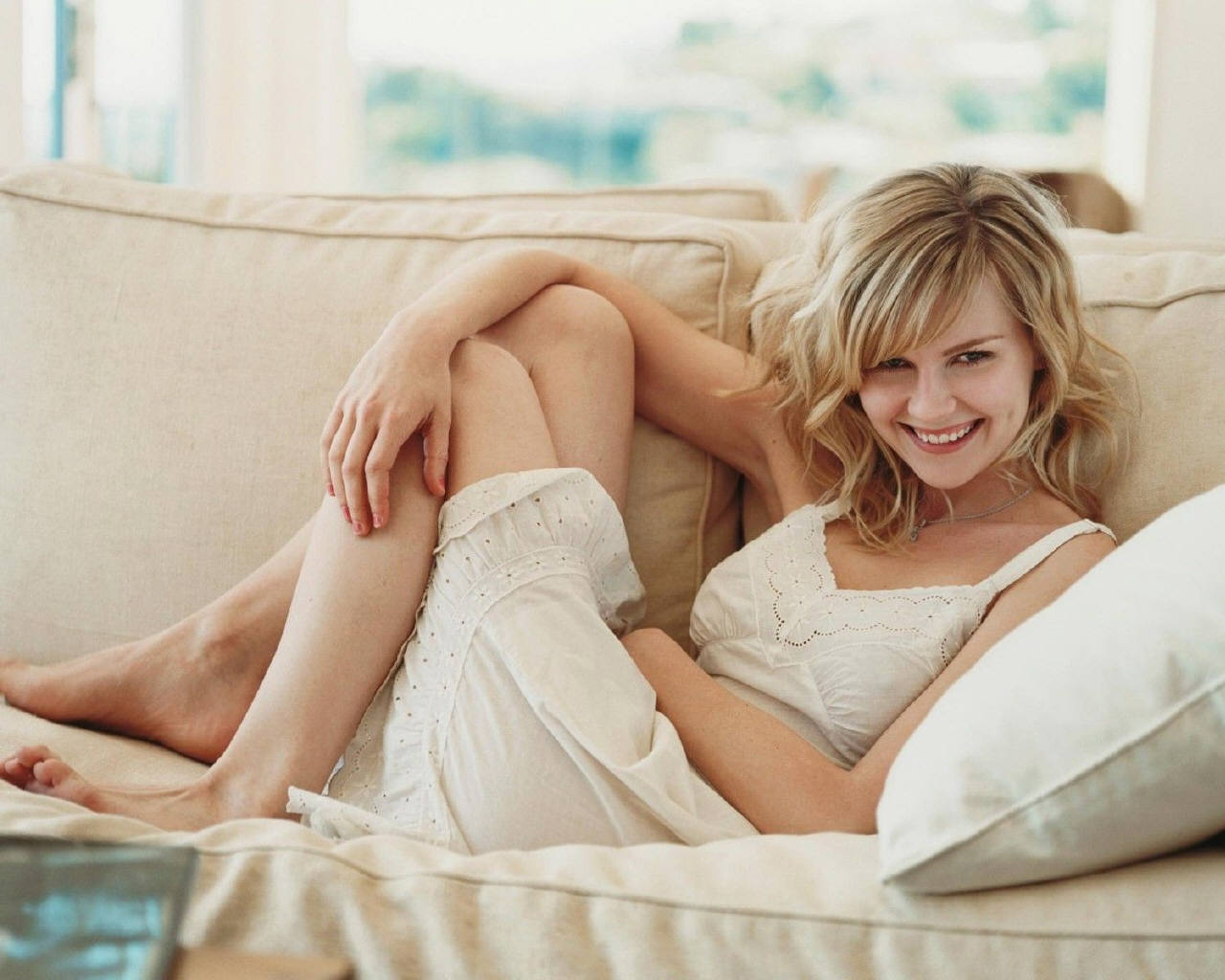 Kirsten Dunst images Kirsten Dunst HD wallpaper and  : Kirsten Dunst kirsten dunst 19379712801024 from www.fanpop.com size 1280 x 1024 jpeg 131kB