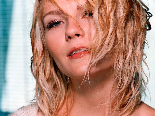 Kirsten close-up