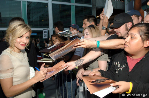 Kristen campana in Hollywood