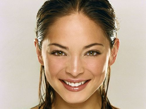 Kristin Kreuk images Kristin Up Close HD wallpaper and background photos