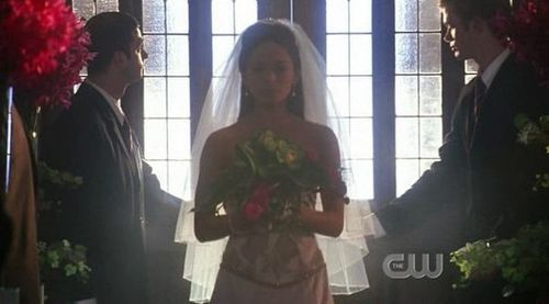 Smallville wallpaper called Lana in Promise Wedding