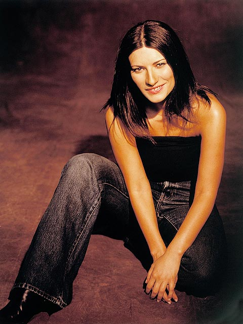 Http Www Fanpop Com Clubs Laura Pausini Images 223874 Title Laura Pausini Photo