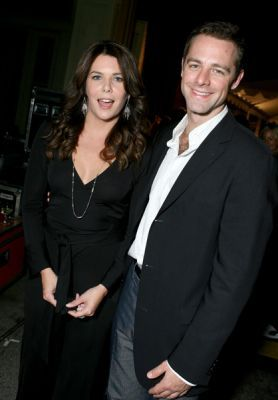 Lauren & David(Chris) - lauren-graham Photo