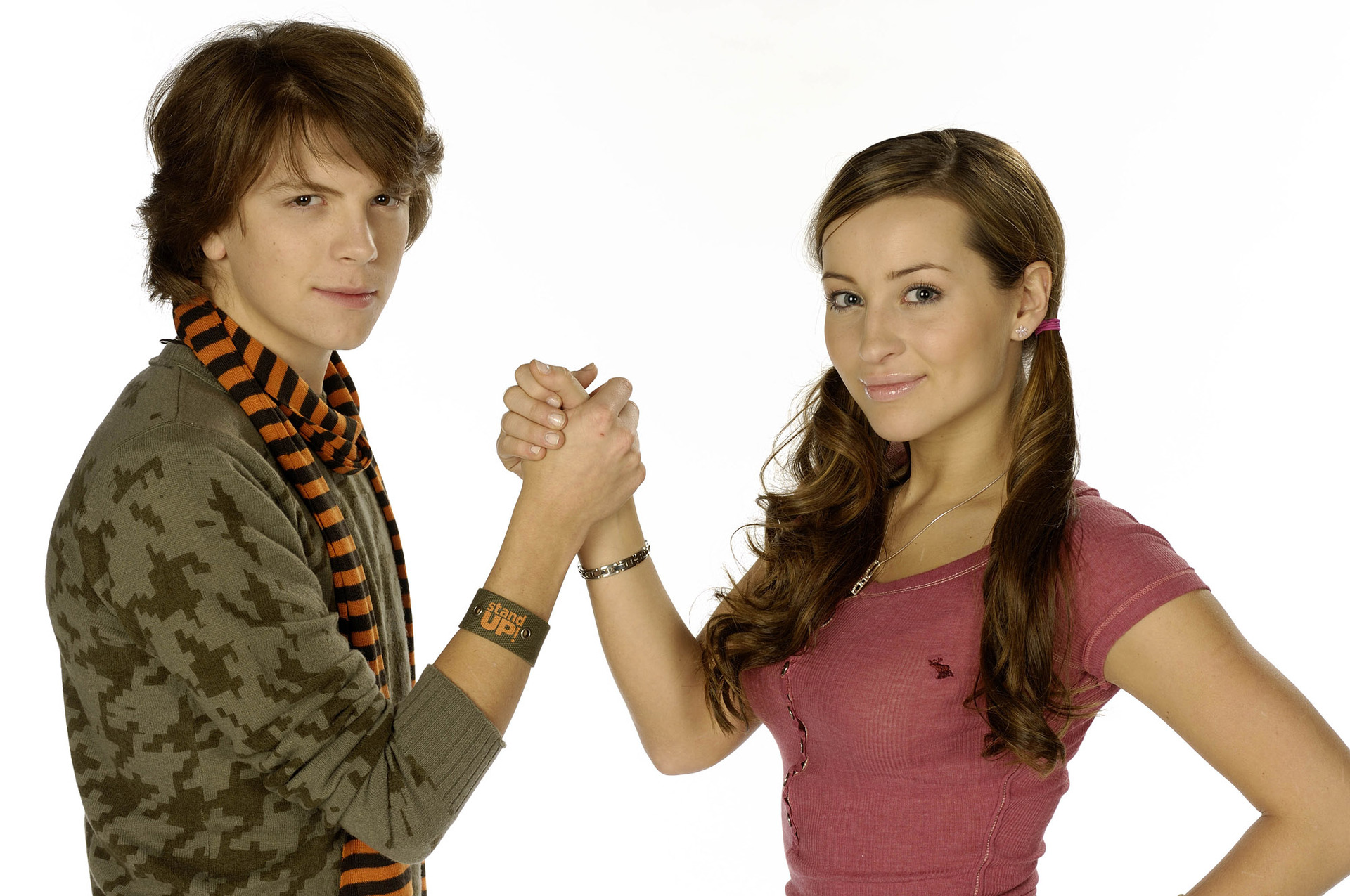 life with derek cast dating April ludgate was born in björk's house although still dating her gay april starts to feel that her life hasn't been fulfilled yet so ben asks her what.