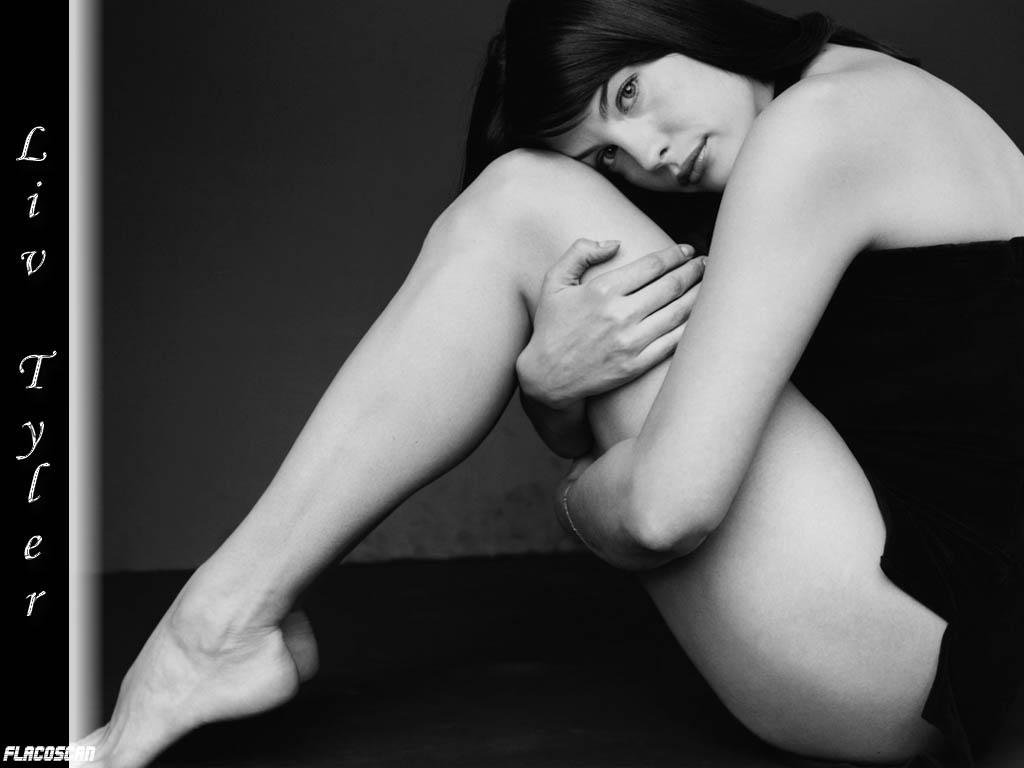 ~Normas de mi Galeria~ Liv-Tyler-liv-tyler-112048_1024_768