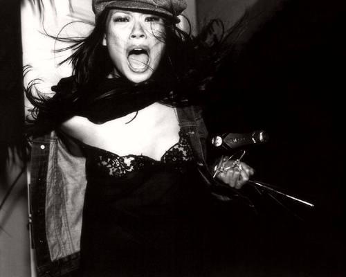 루시 루 바탕화면 entitled Lucy Liu