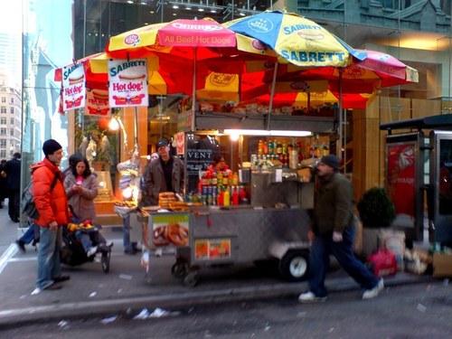 Manhattan hot dog stand