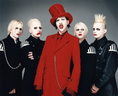 Metal wallpaper titled Marilyn Manson (band)