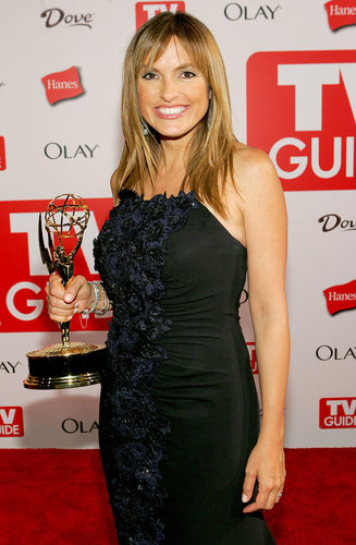 Mariska Hargitay Emmy 06 Win