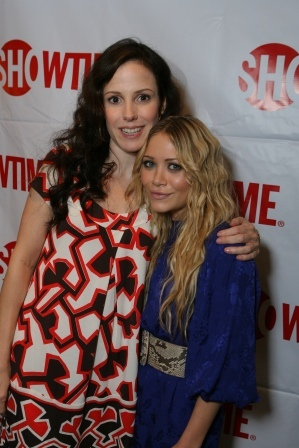 Mary-Kate Olsen and Weeds cast
