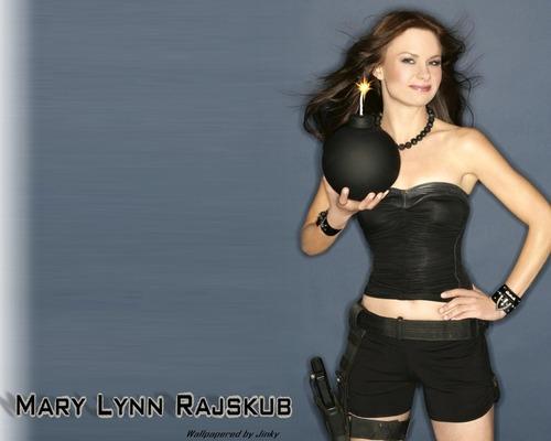 Mary Lynn