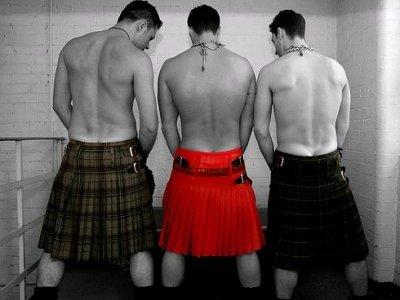 Men-in-Kilts-kilts-645817_400_300.jpg