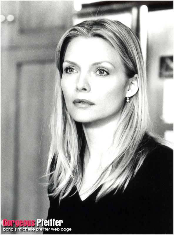 Chicas sexys de los 80 Michelle-Pfeiffer-michelle-pfeiffer-214720_592_800