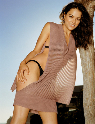 Michelle Rodriguez Hintergrund entitled Michelle Rodriguez