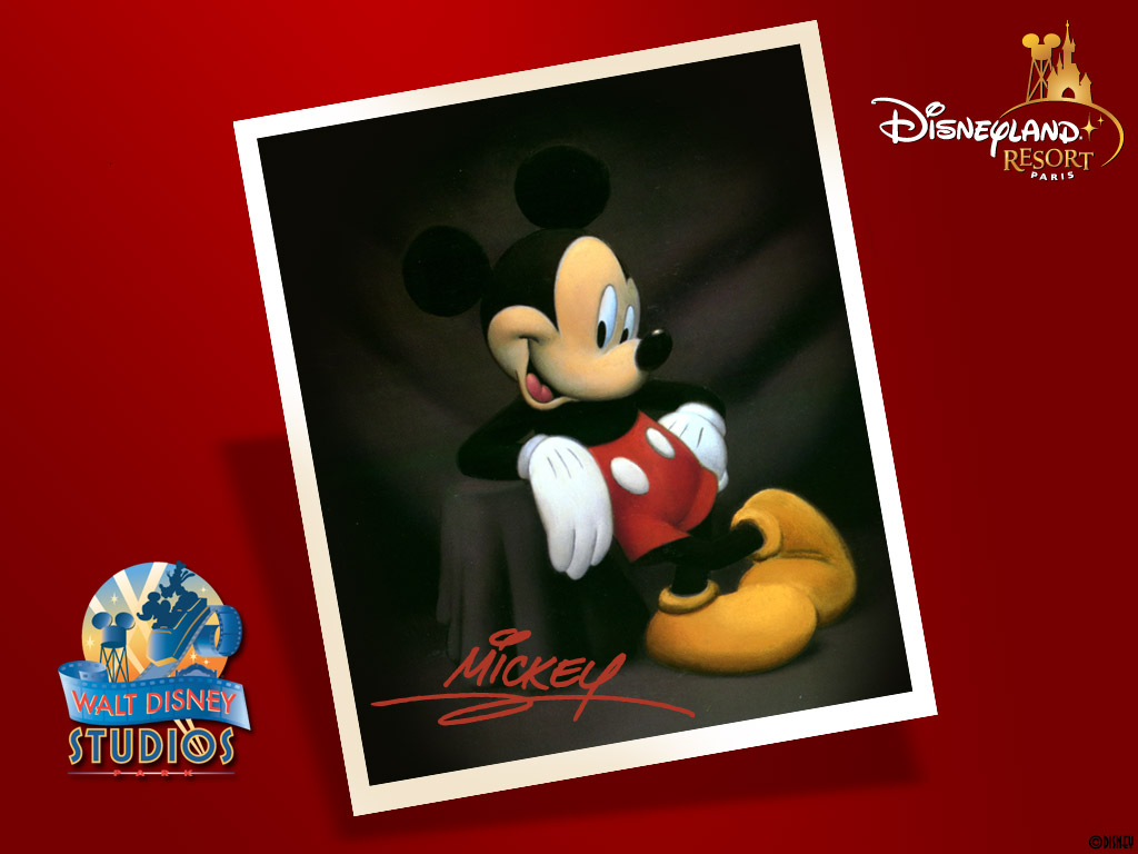 student essays walt disney Walt disney was one of those extraordinary individuals whose imagination has literally transformed the world he created a cartoon character mouse, called him mickey mouse and turned him into an instant celebrity overnight this one cartoon character soon turned walt's business into one of the most.