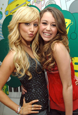 High School Musical wallpaper called Miley Cyrus & Ashley Tisdale
