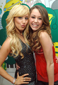 Miley Cyrus & Ashley Tisdale - high-school-musical photo