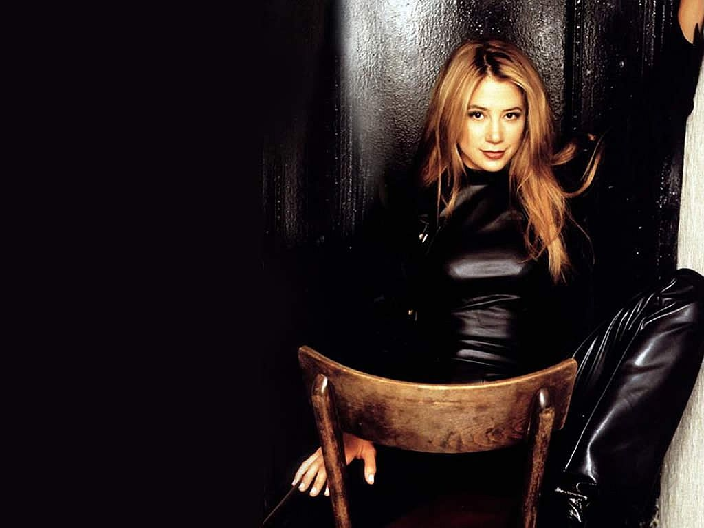 Mira Sorvino Wallpaper 3