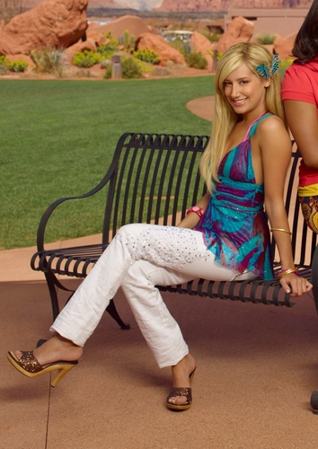 Photoshoot for High School Musical movies Miss-Ashley-Tisdale-ashley-tisdale-389464_354_500