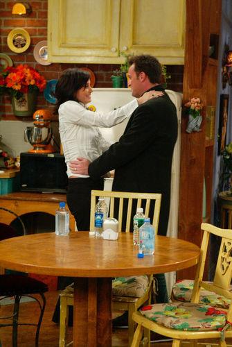 Monica and Chandler wallpaper called Monica & Chandler