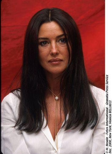 Monica Bellucci litrato Shoot