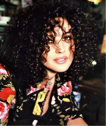 Monica Bellucci Foto Shoot