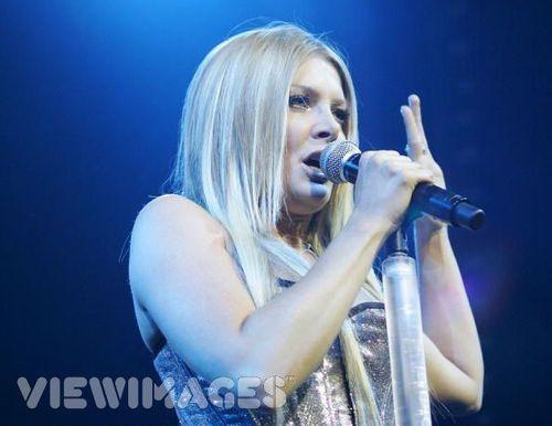 Natalie sings