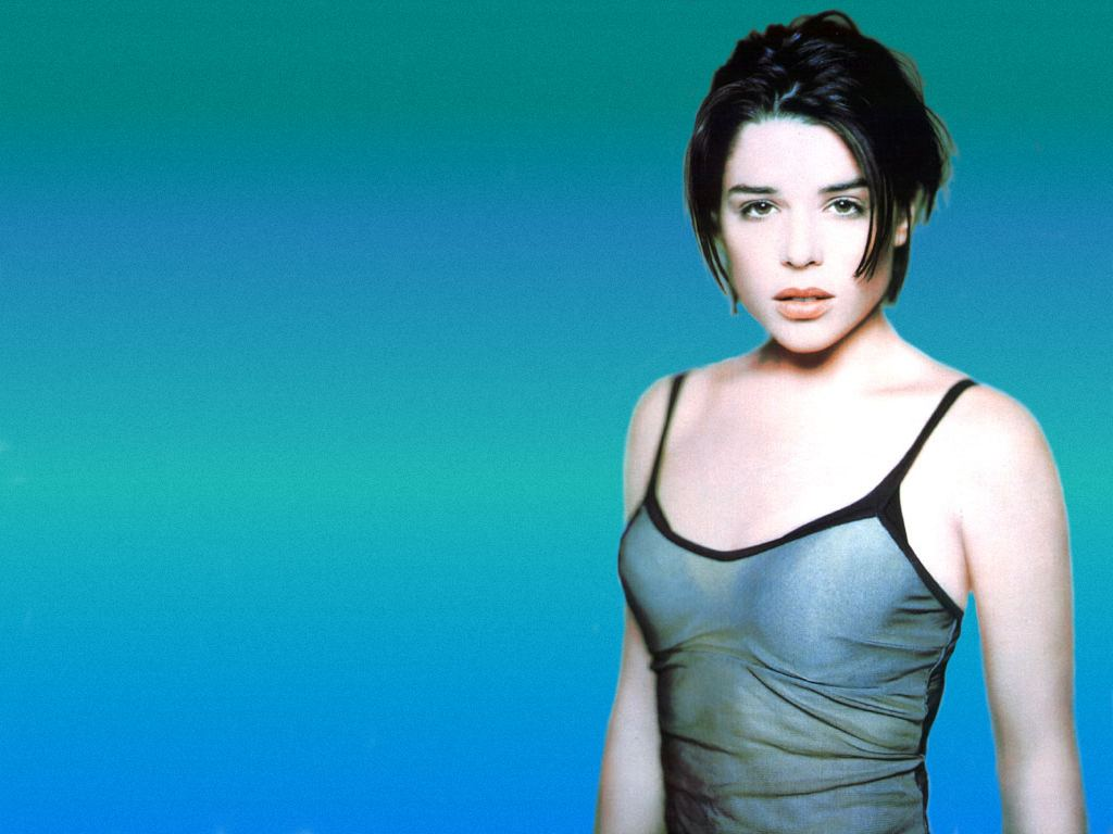 adrianne neve campbell wallpaper - photo #30