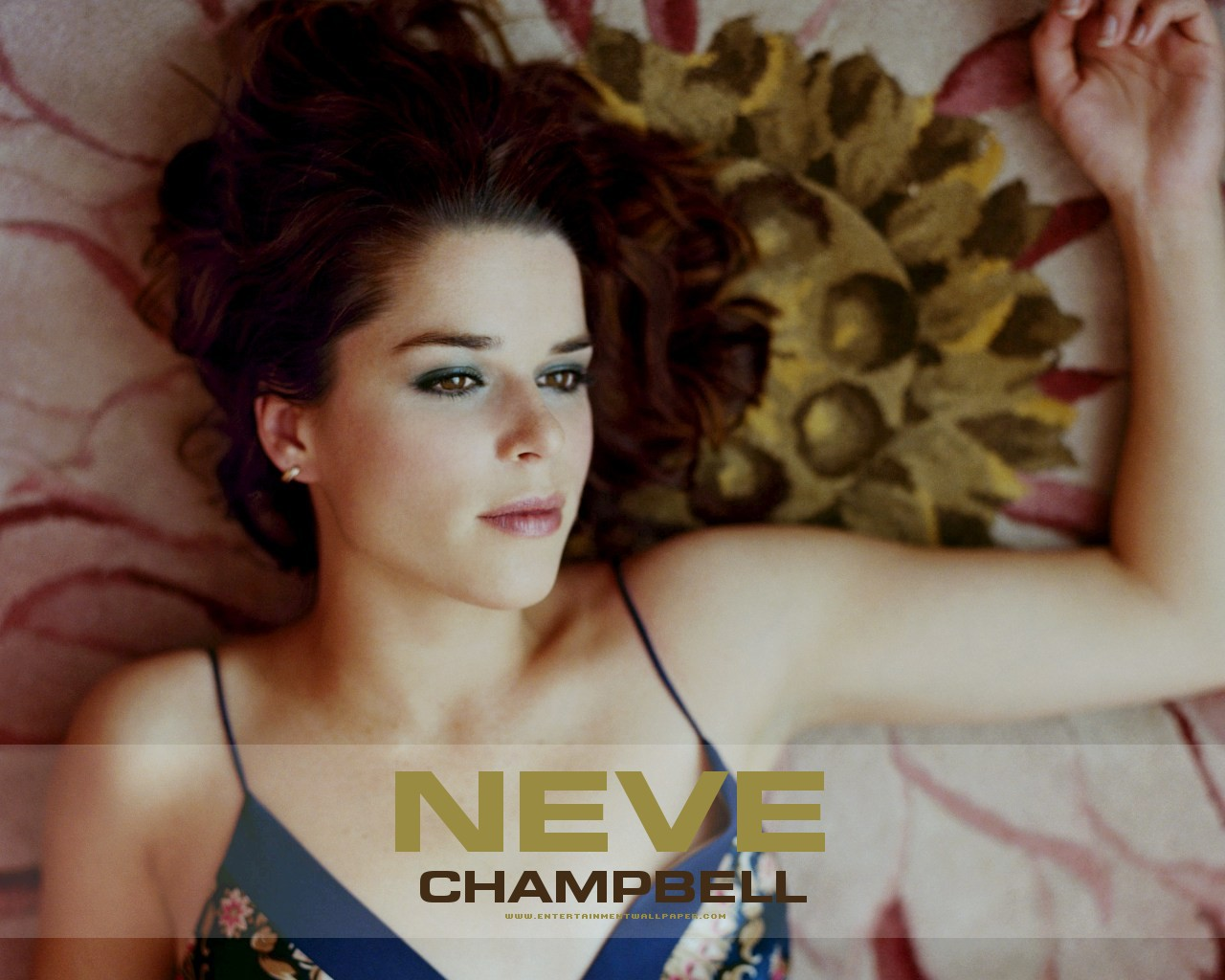 neve campbell paparazzi
