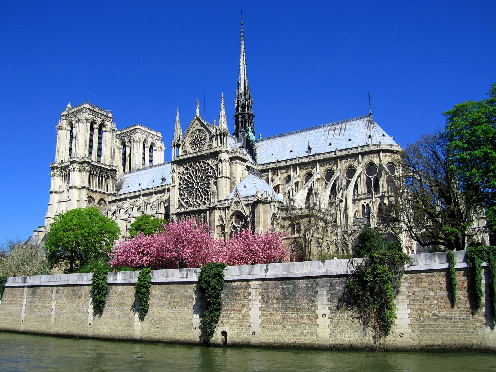 http://images.fanpop.com/images/image_uploads/Notre-Dame-in-Paris--France-europe-541813_1600_1200.jpg