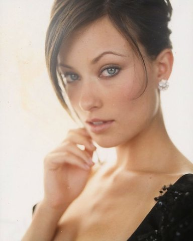 House M.D. wolpeyper entitled Olivia Wilde