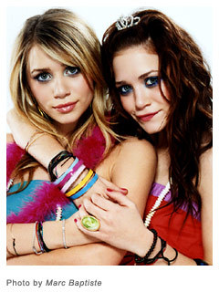 Mary-Kate & Ashley Olsen wallpaper titled Olsen twins