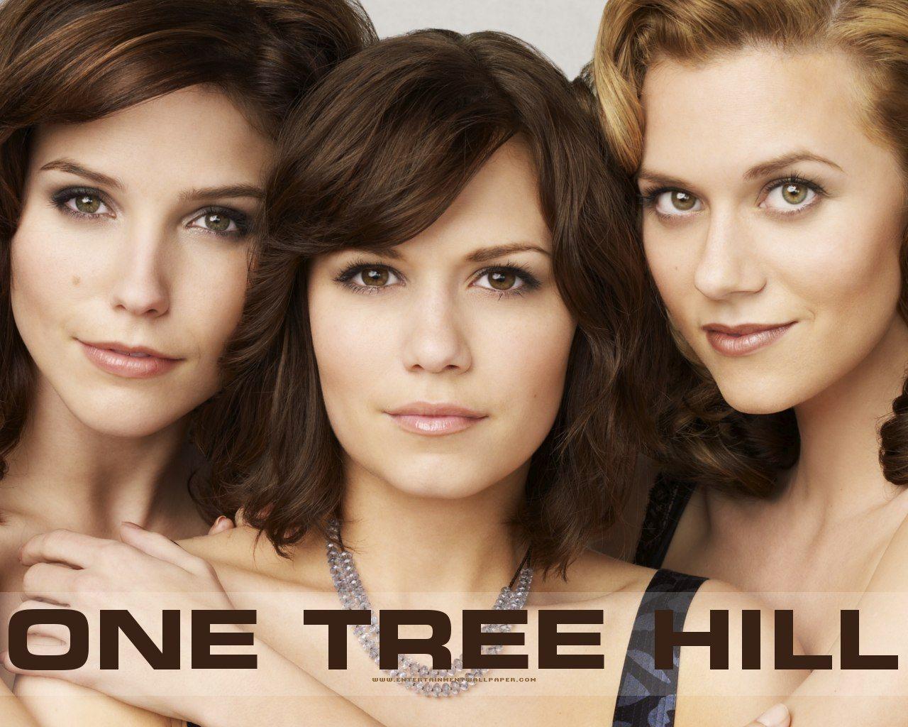 One дерево холм, хилл Girls
