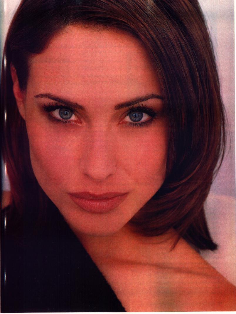 Claire Forlani - Photo Set