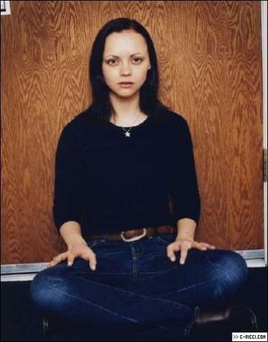 Christina Ricci wolpeyper called Photoshoot