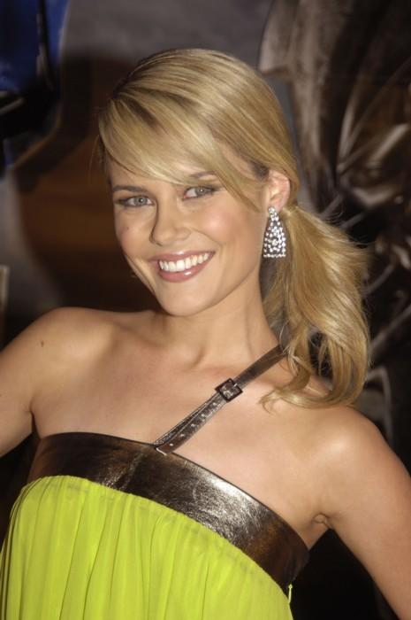 Rachael Taylor - Wallpaper Actress