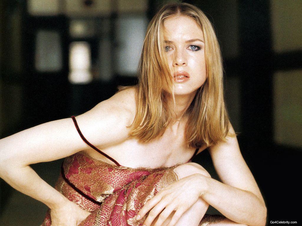 Renee Zellweger - Photo Gallery