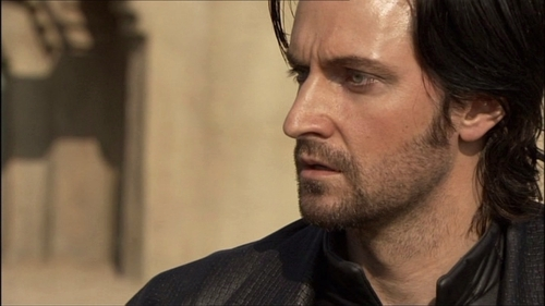 "Richard Armitage wallpaper called Richard in ""Robin Hood"""