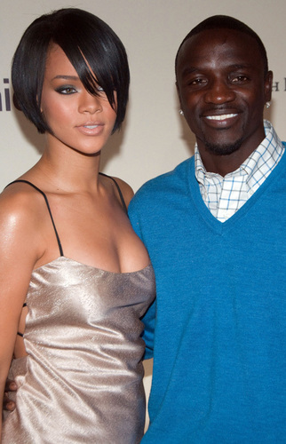 Rihanna & Akon